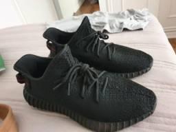 Adidas Yeezy Black 350 V2