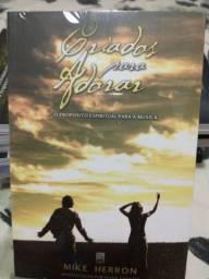 Título do anúncio: Livro Criados para adorar