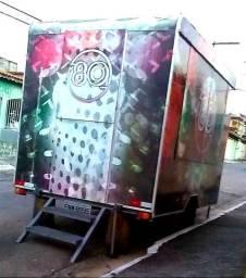 Troca-se ou vende-se *Trailer Food Truck