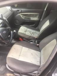 Ford Fiesta Hatch 2009 completo