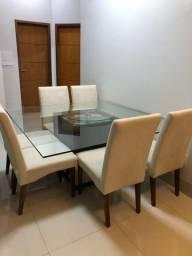 Mesa de jantar com 6 cadeiras e tampo giratório