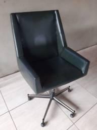 Cadeira de escritório rotativa
