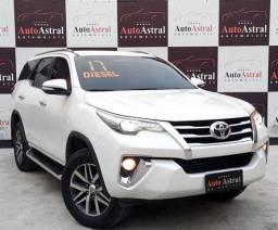 Toyota Hilux Sw4 Srx 4X4 2.8 Tdi 16V diesel aut