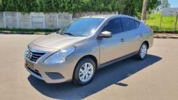 Nissan Versa 1.6 SV Flex 2017 Automático Completo