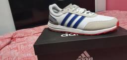 Adidas Retro Run