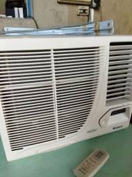Título do anúncio: Vendo ar condicionado excelente