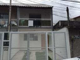 Casa Duplex de 02 Quartos na rua Luiz Otavio- Campo Grande