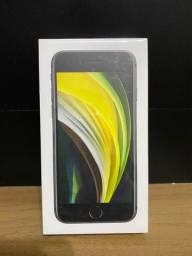 iPhone SE Apple Preto, 128GB Desbloqueado - LACRADO 1 ano de Garantia