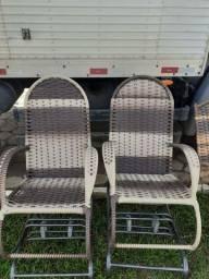 cadeiras de fibra sintética a partir de 189 reais