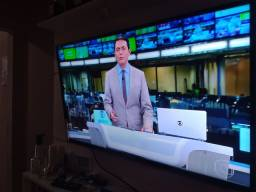 Título do anúncio: VENDO ESTA SMART TV LG.