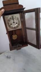 Relógio antigo Madeira