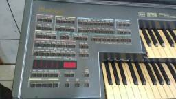 Órgão Minami MDX 15