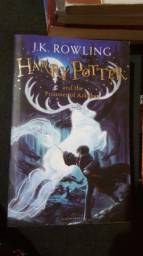 Livro Harry Potter and the Prisioner of Azkaban