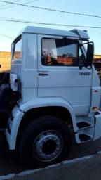 Caminhão no chaxis - 2004