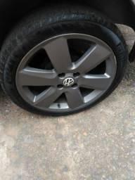 Jogo rodas aro 17 com pneu meia vida