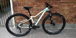 Montain Bike Feminina Specialized Aro 29