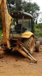 Vendo Retro Escavadeira New Holland Traçada 2010