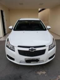 Vende-se Cruze Sedan, cor branca, versão LT 2013/2013 - 2013