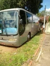 Ônibus Rodoviário com 46 lugares - 2001