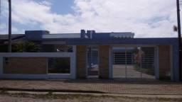 Casa de dois andares com piscina a Venda no Centro de Arroio do Sal