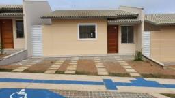 Casa solta com 3/4 - Condomínio Club Residencial Alto Candeias - Bairro Candeias
