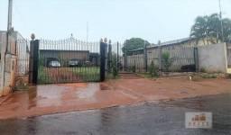 Vende-se maravilhosa casa com 130,00 m², e terreno de 15,00 X 45,00 metros, Bairro Centro