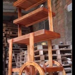 Vende-se móveis de pallets , WhatsApp *