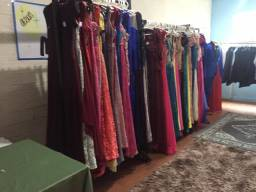 Vendo loja 86 vestidos de festas