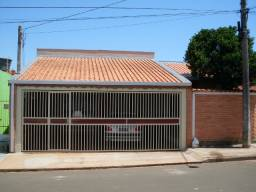 Jd Regina, Casa 03 Dorms (01 Suite), 03 Vagas Garagem, 03 Banheiros, Edicula