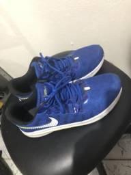 Vendo Nike 42