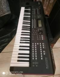 Teclado Yamaha MOX F6