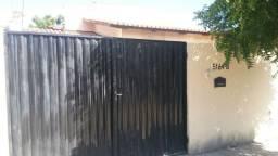 Casa com 2 quartos em Horizonte