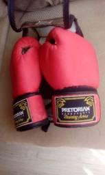 Luvas de boxe com defeito