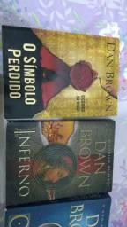 5 livros do Dan Brown.