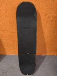 Skate muito massa vem nele que vale a pena, maple, rodas boas e Crail Truck