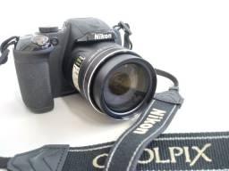 Câmera Digital Nikon P600 c/ Wi-Fi