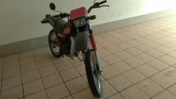 Dt180 - 1987