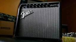 Amplificador transistorizado Fender Champion 20 20 watts