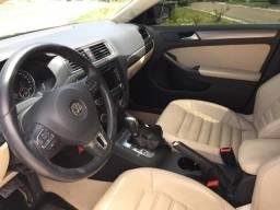 Vw - Volkswagen Jetta TSI Top Teto Solar, segundo dono - 2014