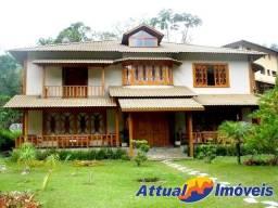 Magnífica casa em Condomínio à venda, 5 quartos, 600 m²