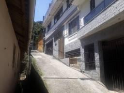 Casa c/2 quartos no Alto da Serra
