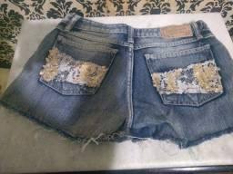 Short lindo jeans com paetê e renda