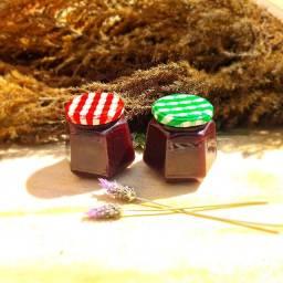 Dois potes de geléia de amora preta (blackberry) orgânica
