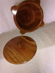 Castanha do Pará e artigos de madeira