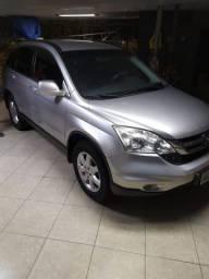 Honda CRV em ótimo estado LX gasolina, excelente para família. Pneus novos IPVA pago