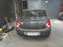 Renault Logan 1.6 8v 4 portas completo