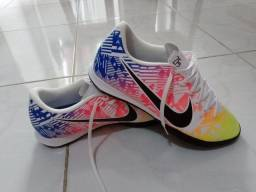 Chuteira Futsal Nike Mercurial Vapor 13 Academy