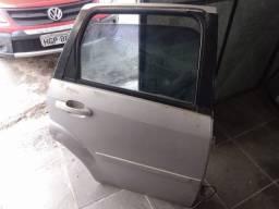 Título do anúncio: Porta traseira Direita - Ford Fiesta Hatch Zetec Rocam
