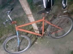Bike só falta um pneu traseiro