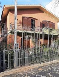 Título do anúncio: Casa 7 dormitórios sendo 3 suítes no bairro Santana- Porto Alegre/RS